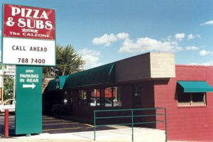 The front façade of the fabulous Pizza & Subs restaurant in Rock Island, Illinois.